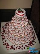 Свадебные торты-пирожные . Доставка по Киеву и Украине