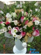 Букет цветов Афродита . Доставка по Киеву и Украине