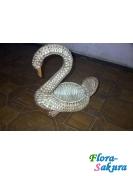 Плетеная корзина-лебедь . Доставка по Киеву и Украине