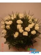 Корзина белых роз Белая серенада . Доставка по Киеву и Украине