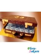 Торт на заказ Чемодан с долларами . Доставка по Киеву и Украине
