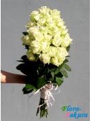 Букет белых роз Леди . Доставка по Киеву и Украине