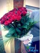 Красные розы Испанская коррида . Доставка по Киеву и Украине