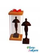 Шоколадный Оскар, 25 см . Доставка по Киеву и Украине