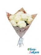9 белых роз . Доставка по Киеву и Украине
