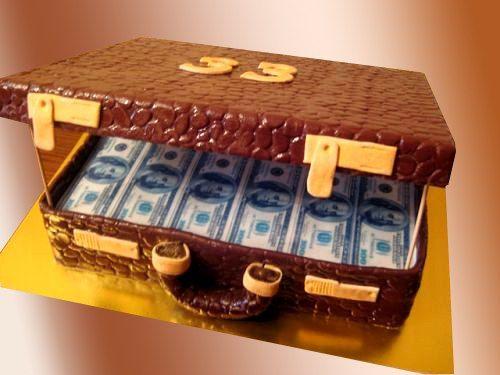 Торт на заказ Чемодан с долларами. Доставка по Киеву и Украине