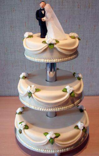 Свадебные торты из мастики на подставке фото